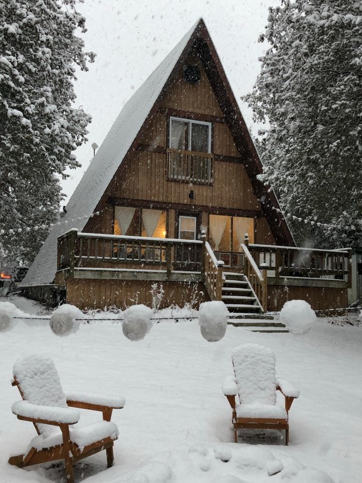Riverbend Cabin Airbnb
